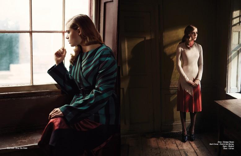 Total look / Dries Van Noten Opposite Dress / Bottega Veneta Neck Corset / Patrick Ian Hartley Tights / Wolford Shoes / Carven