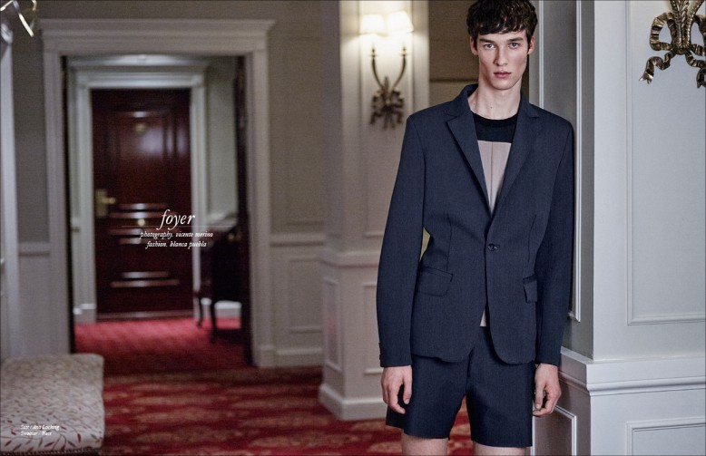Suit / Ana Locking Sweater / West
