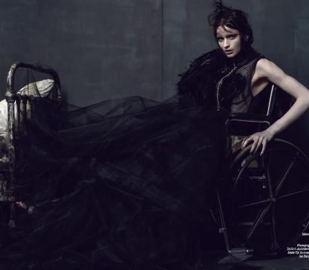 Dress / Augusto Manzanres Fur and Jacket / Adrienne Landau Harness / Tempest And Serenity Tulle Skirt / Corvus Crux Shoes / Nicholas Kirkwood