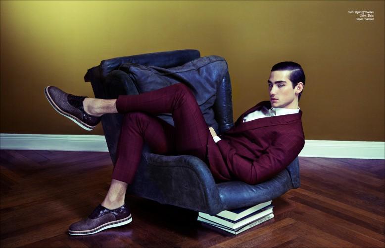 Suit / Tiger Of Sweden Shirt / Daks Shoes / Santoni