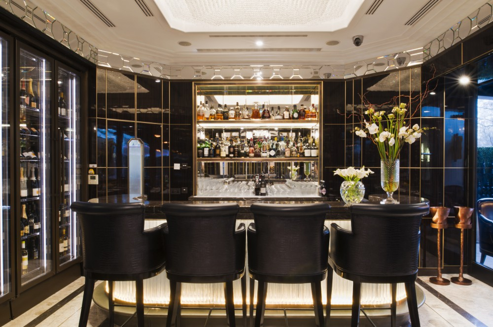 Wellesley Hotel Crystal Bar