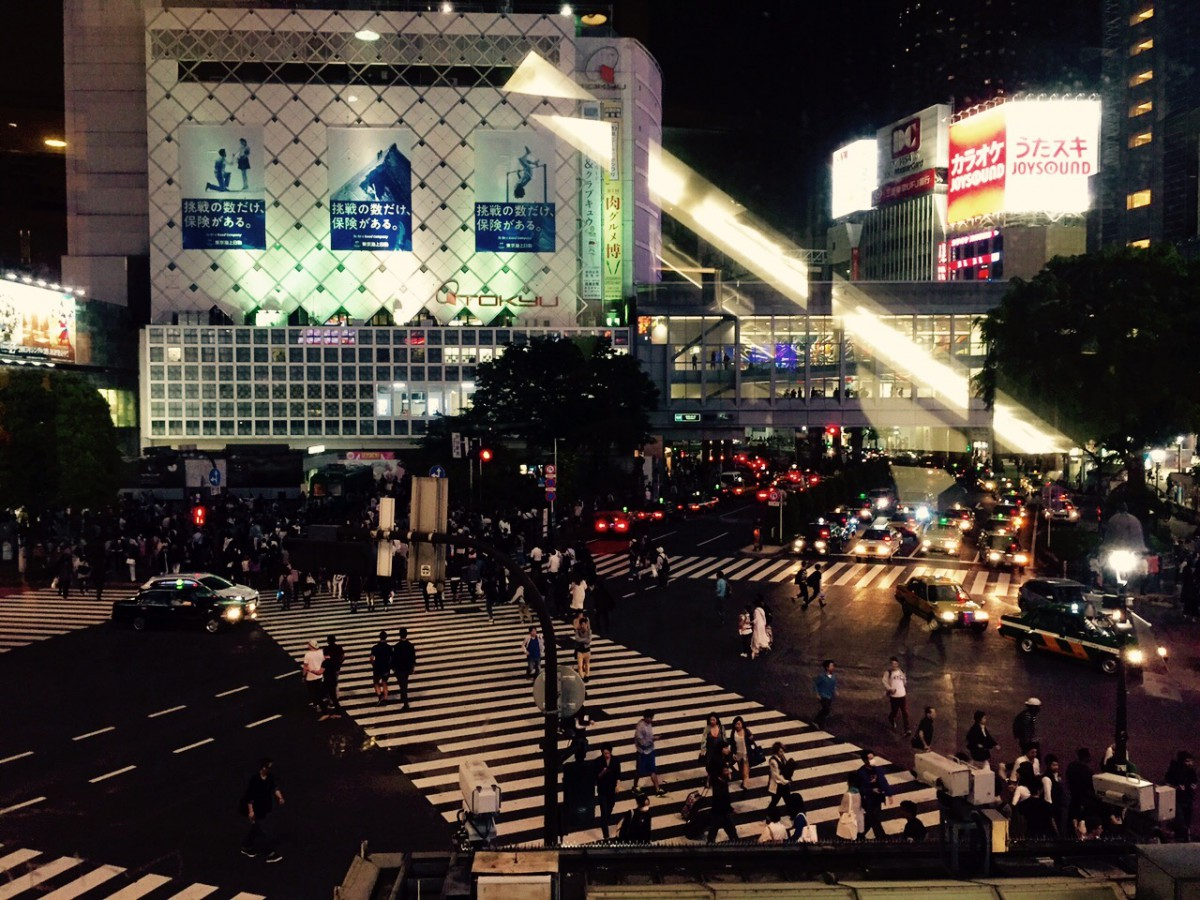 Shibuya Crossing, Photography Esteban Wautier