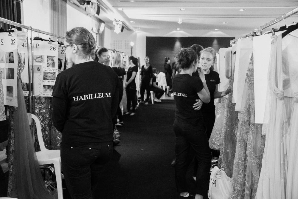 Backstage-Elie-Saab-FW16_0123