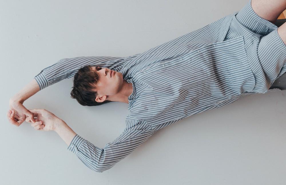 Top / COS Shorts / H&M
