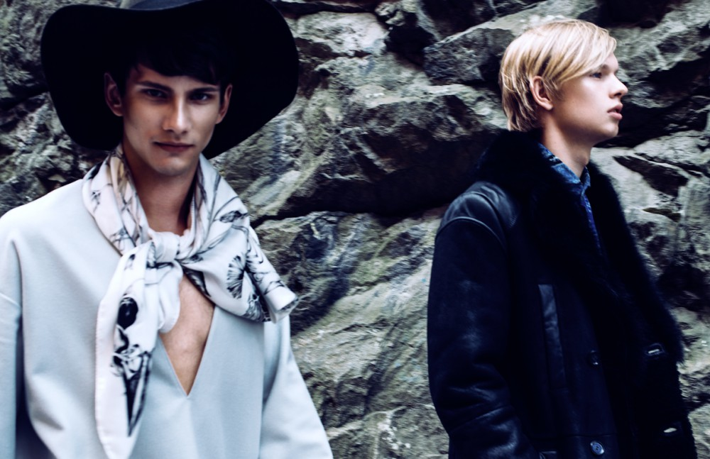 Melker wears  Jumper / Weekday  Hat / Diesel  Scarf / Emma Fällman Adam wears  Shirt / ETON  Coat / Hugo Boss