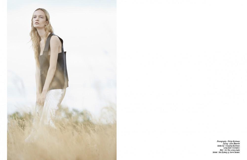Leather Top / Fendi  Metallic pleated skirt / Wilson PK