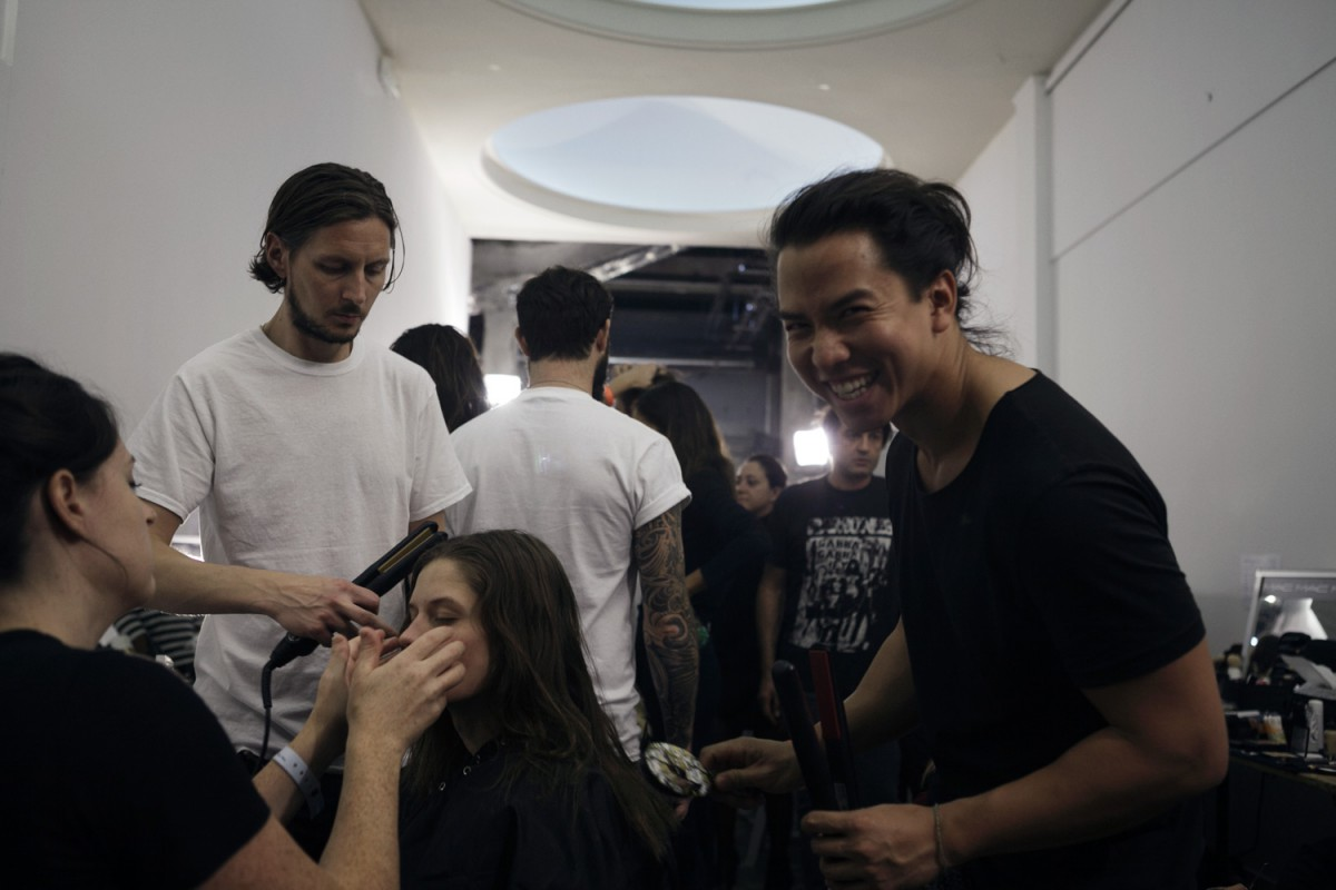 Backstage_John-Galliano061