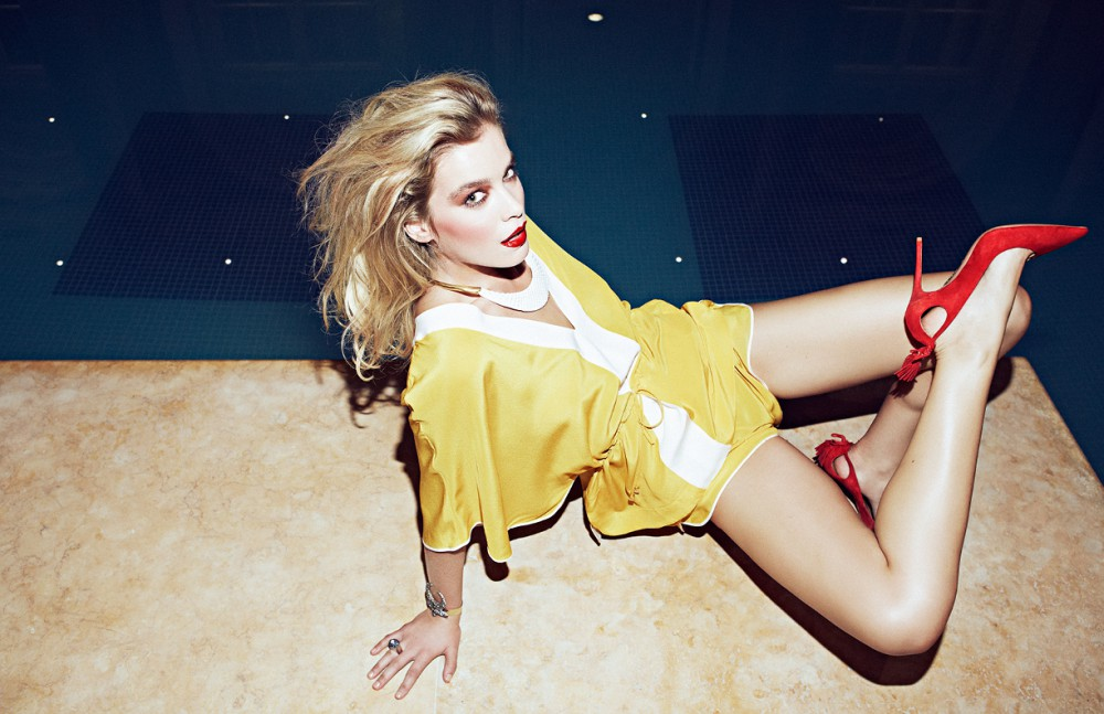 Top & shorts / Fendi Shoes / Aquazzura Necklace / Virzi+De Luca Bracelet / T.Arrigoni Ring / Atelier Swarovski