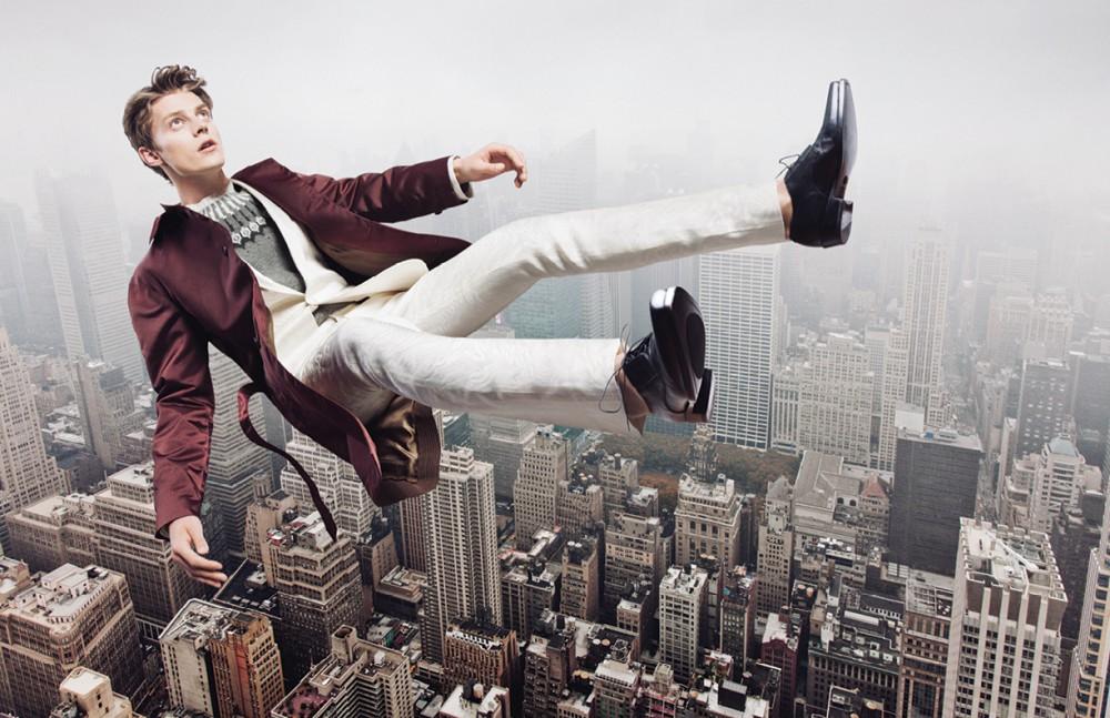 Coat / Marc Jacobs Suit & shoes / Roberto Cavalli Jumper / Ralph Lauren