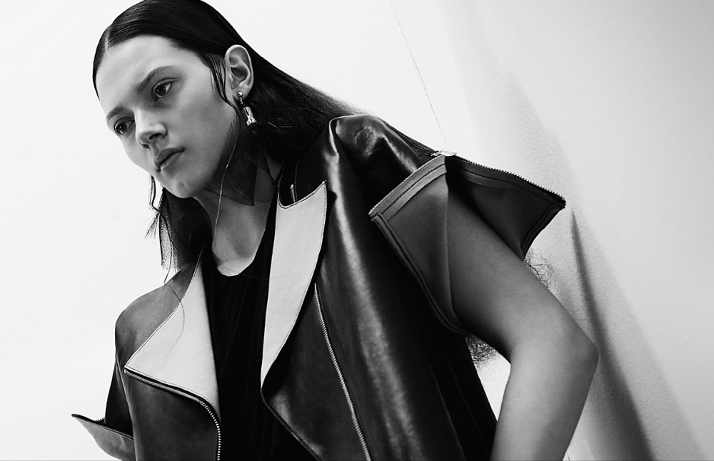 Jacket / Marc Cain Top / Isabell De Hillerin Earrings / William Fan
