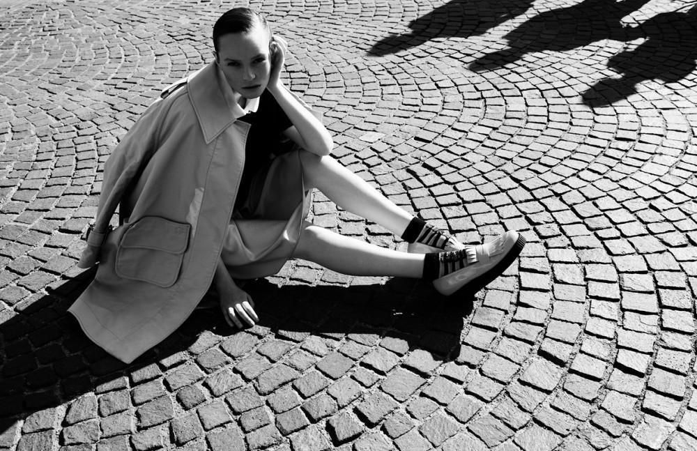 Coat /Violante Toscani Blouse / Pommes De Claire Collar / Barena Shirt / Dondup Shoes / Cristiano Burani