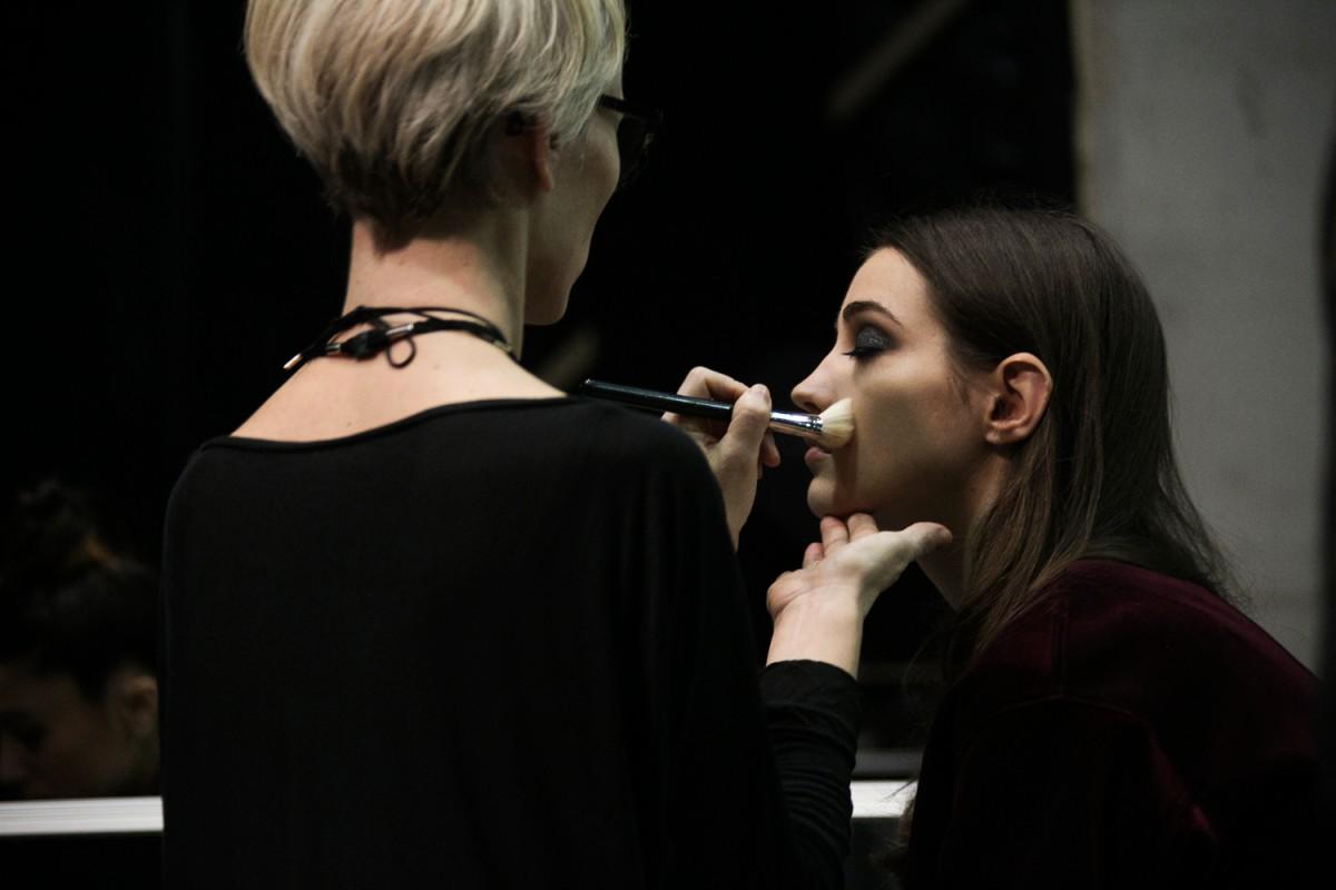 Backstage-Elie-Saab-FW16_0476