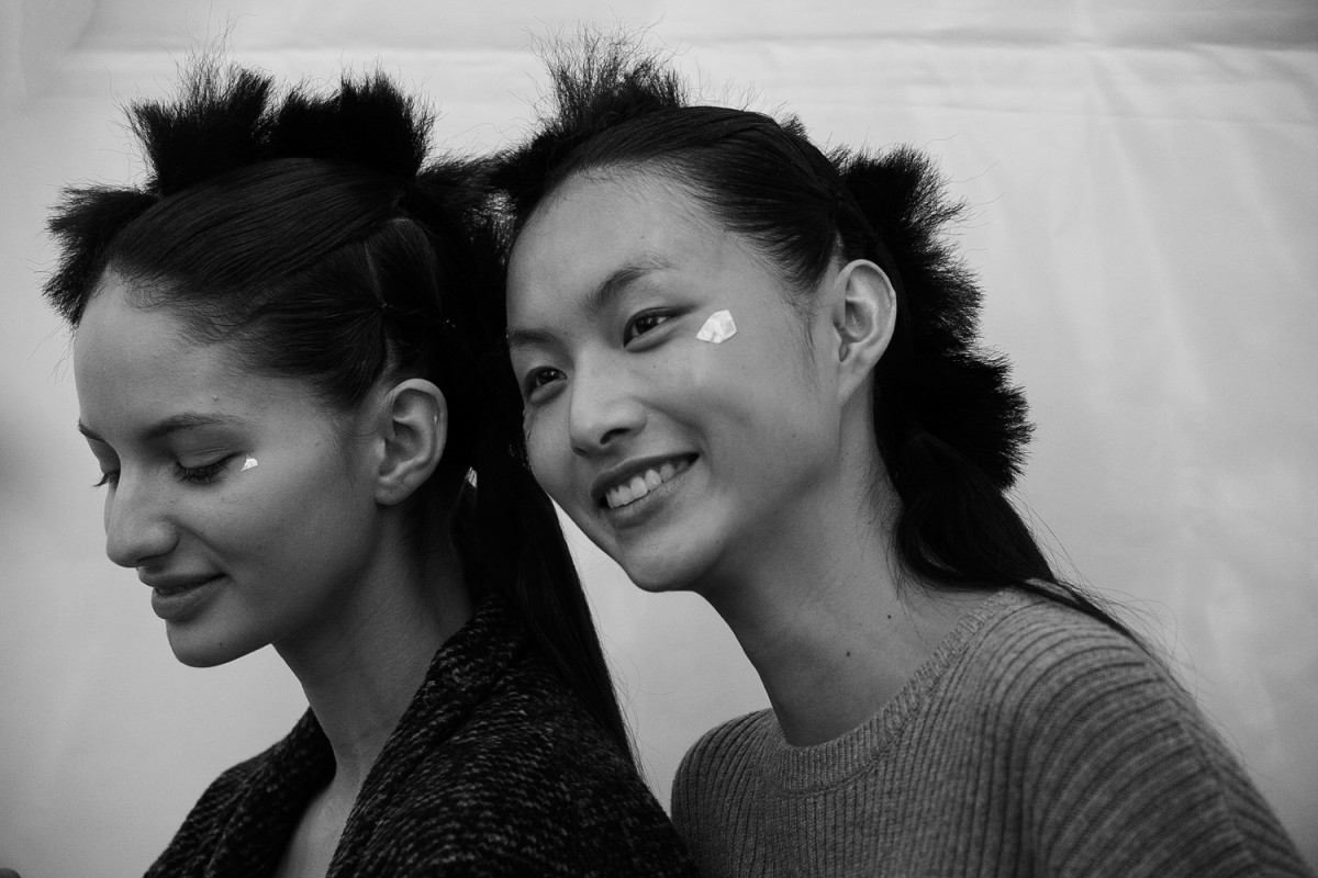 Backstage-Issey-Miyake-FW16_046