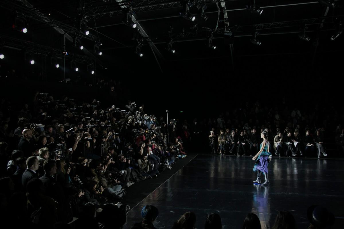 Backstage-Issey-Miyake-FW16_052