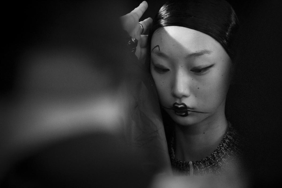 Backstage-Yohji-Yamamoto-FW16_055